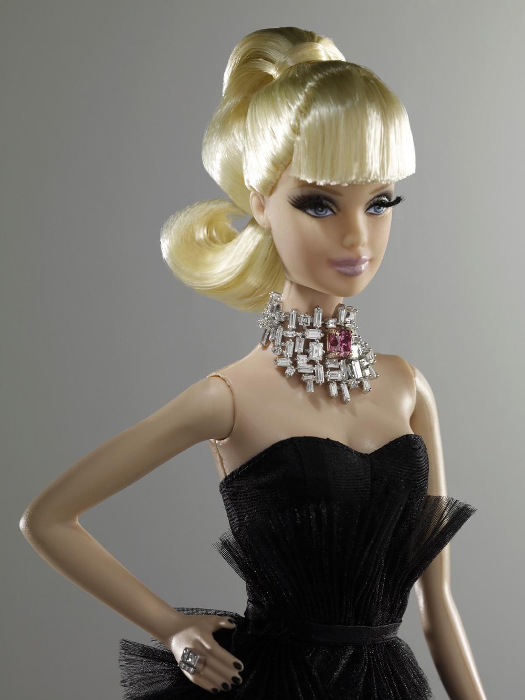 barbie mais cara do mundo vai a leil u00e3o dia 20 de outubro