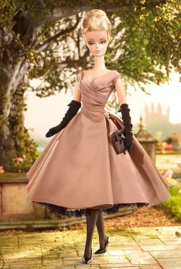 High Tea and Savories Barbie Doll Giftset | Crédito da imagem: divulgação www.barbiecollector.com / Mattel