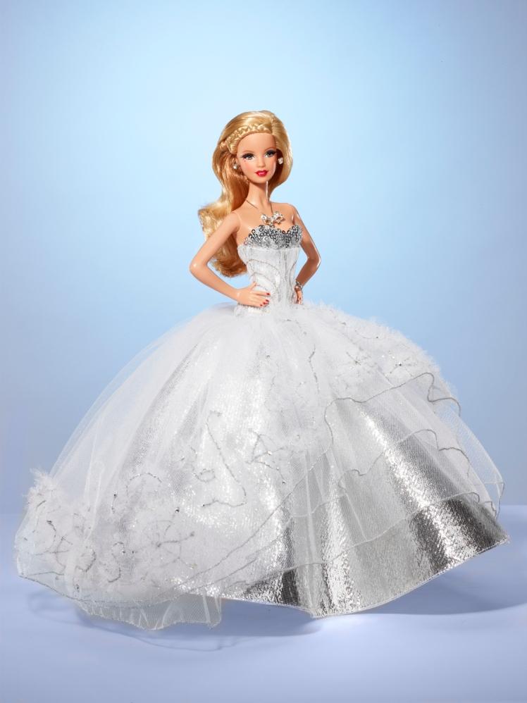 Haute Hiver Barbie | Crédito da imagem: Divulgação Mattel via Charitybuzz.com