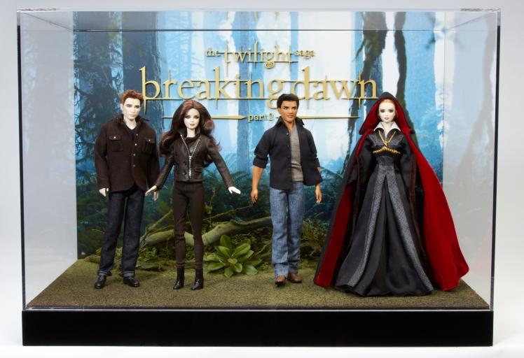 Bonecos são assinados pela Linda Kyaw | Crédito da imagem: Divulgação Mattel via Charitybuzz.com