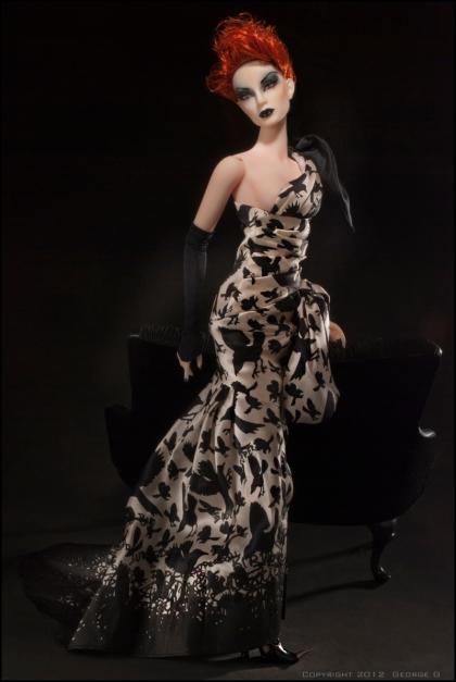Jamieshow Evil Doll vestida no fashion Black Bird Society | Crédito da imagem: George Gonzalez - angelicdreamz.com via terrigoldphoto.blogspot.com