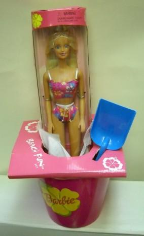 2000 Beach Fun Barbie Set | Crédito da imagem: den268/eBay