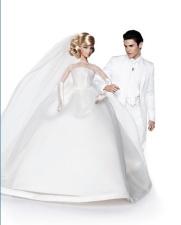 Barbie veste o vestido de noiva usado pela BFMC Maria Therese Barbie Doll | Crédito da imagem: divulgação Colette/Mattel via glamour.de