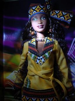 Kwanzaa Barbie Doll | Crédito da imagem: Giovanni Lima - Willy✰Wonder/Flickr