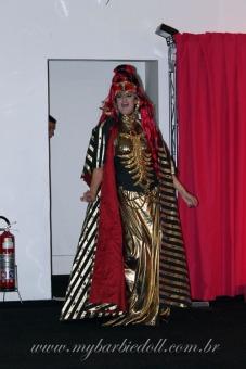 Fernanda como Queen of the Constellations | Crédito da imagem: Samira | www.mybarbiedoll.com.br