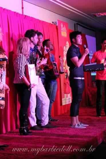 Márlon fazendo discurso | Crédito da imagem: Samira | www.mybarbiedoll.com.br