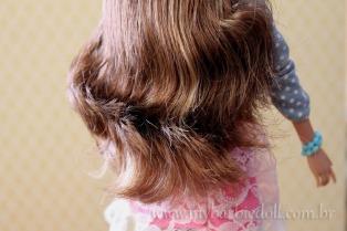 Cabelos penteados | Crédito da imagem: Samira | www.mybarbiedoll.com.br