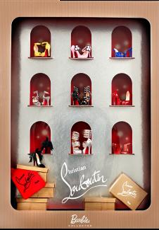 Os sapatinhos especialmente criados para Barbie, a título de comparação | Crédito da imagem: divulgação Mattel / www.barbiecollector.com