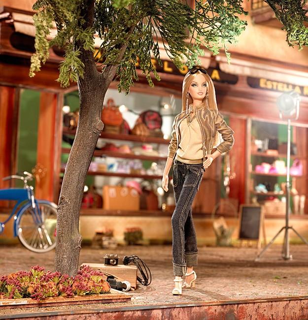 On Location: Barcelona Barbie Doll | Crédito da imagem: divulgação www.barbiecollector.com / Mattel