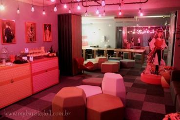 O lounge | Crédito da imagem: Samira | www.mybarbiedoll.com.br