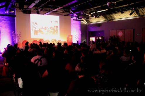 Participantes esperam ansiosos pelo início da convenção | Crédito da imagem: Samira | www.mybarbiedoll.com.br