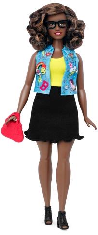 Curvy Emoji Fun | Crédito da imagem: divulgação Mattel | www.barbie.com